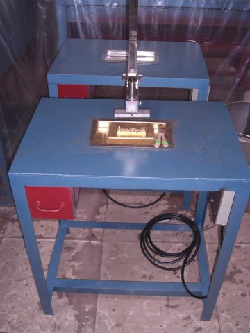 蜡烛印字机
